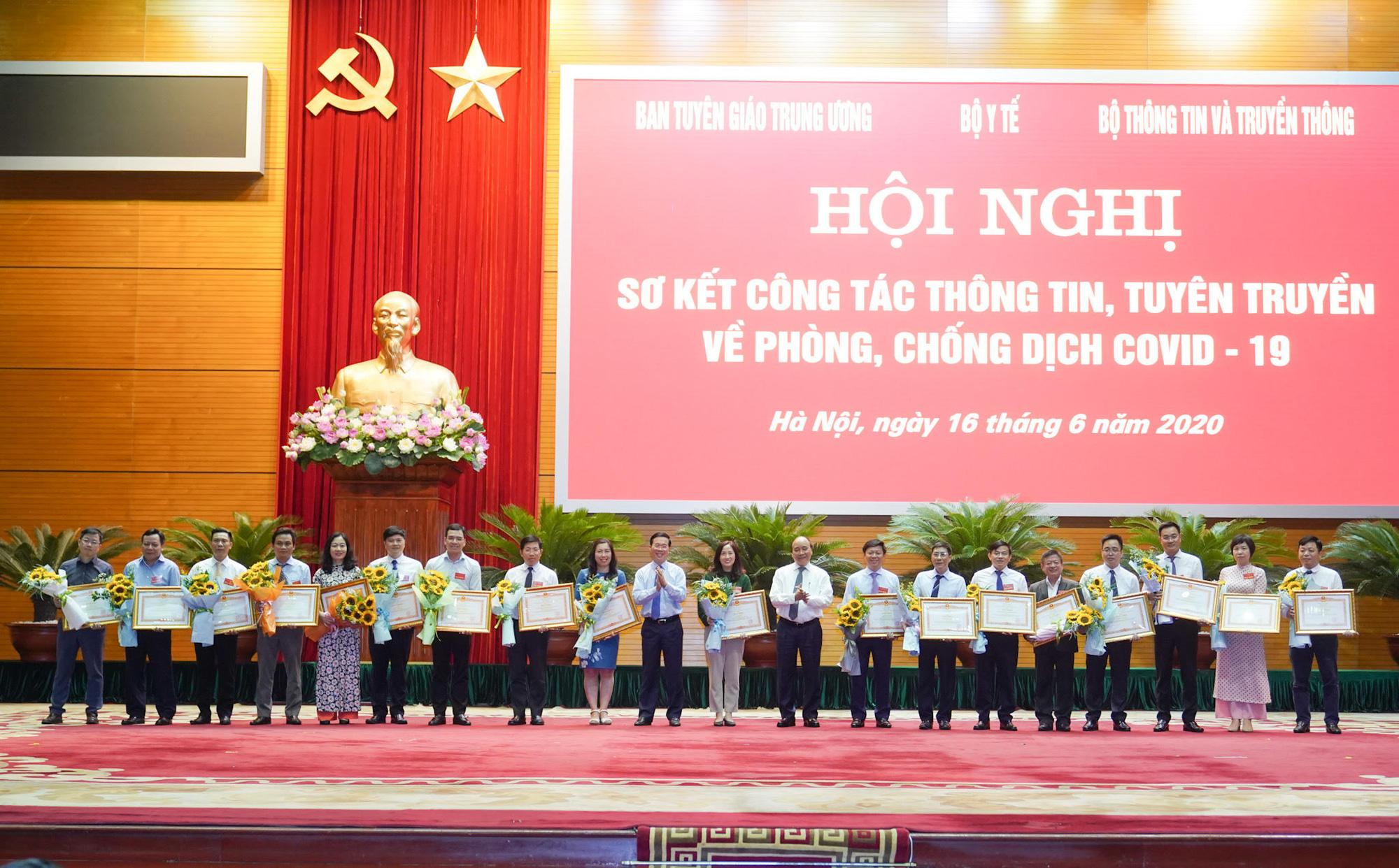 Thủ tướng mong muốn báo chí lan tỏa năng lượng tích cực trong xã hội - Ảnh 3.