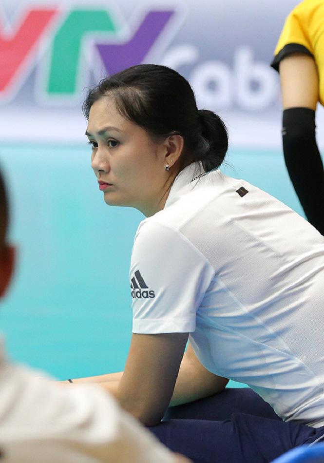 Hoa khôi bóng chuyền Phạm Thị Kim Huệ và 3 kỷ lục thách thức thời gian - Ảnh 2.