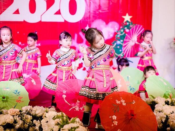 Câu lạc bộ nghệ thuật Hương Mai: Nơi chắp cánh tuổi thơ và mơ ước - Ảnh 3.