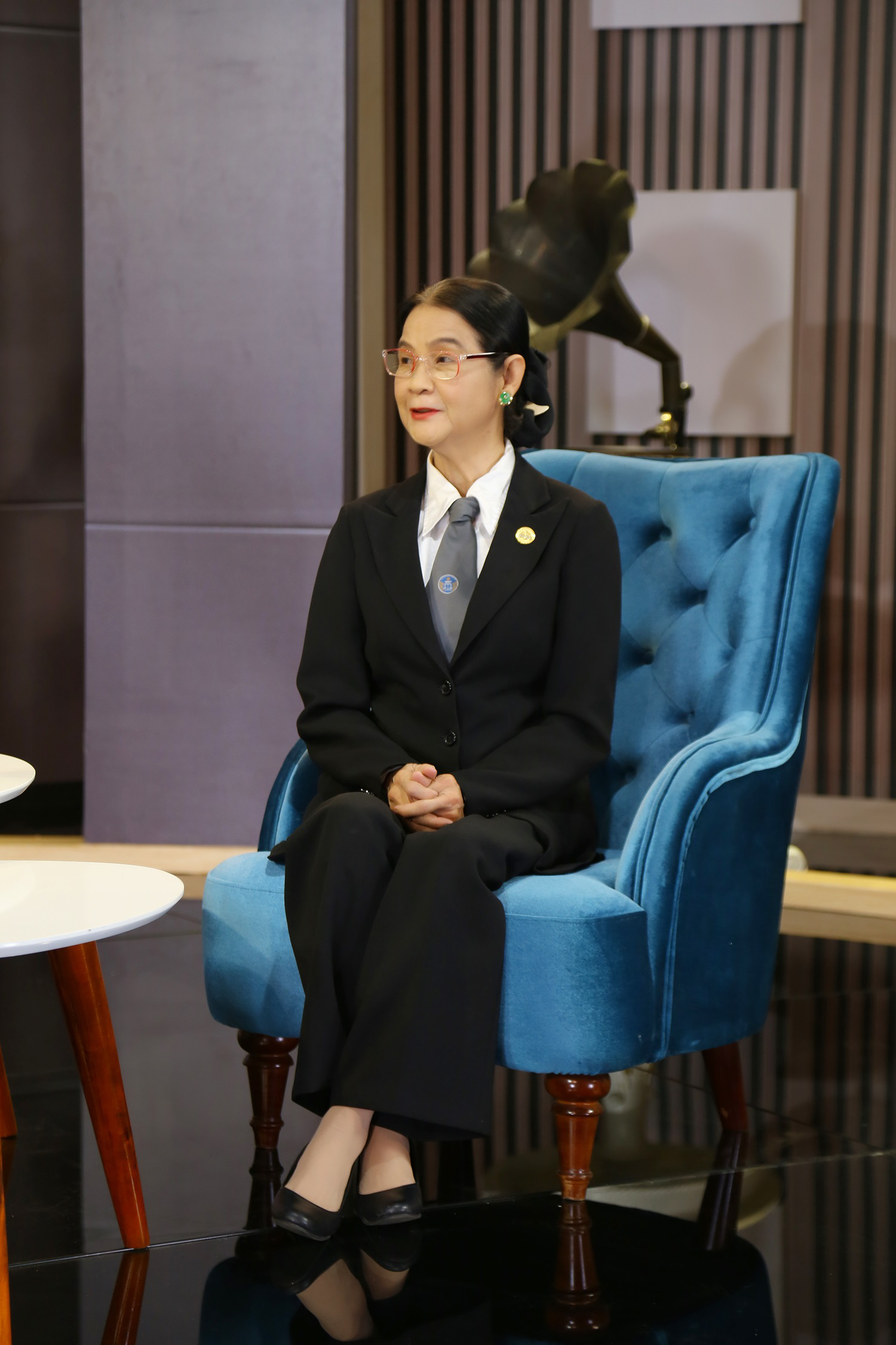 Luật sư Trương Thị Hòa bức xúc vì phim ảnh thường chế giễu những người đồng giới - Ảnh 3.