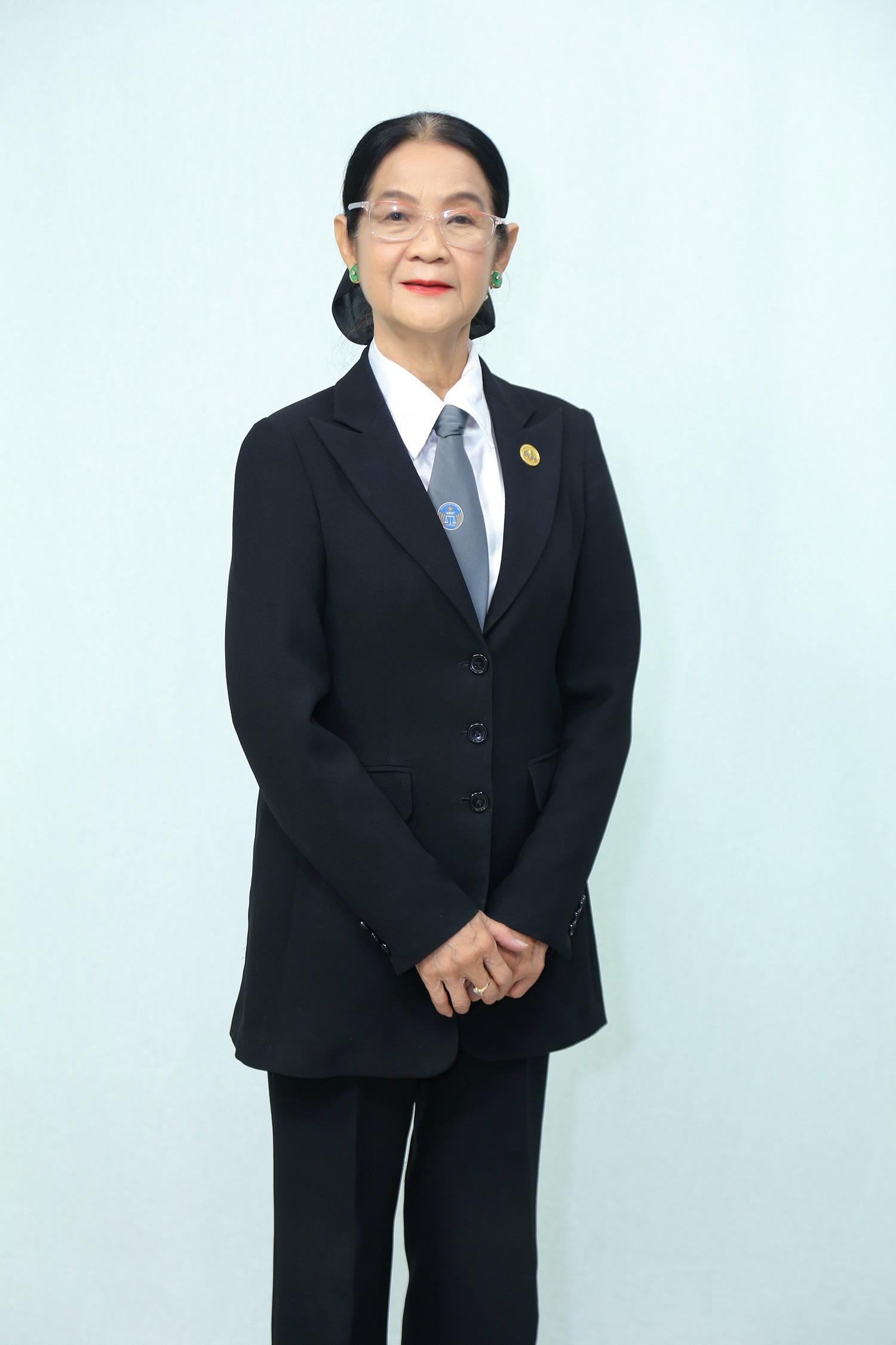 Luật sư Trương Thị Hòa bức xúc vì phim ảnh thường chế giễu những người đồng giới - Ảnh 4.