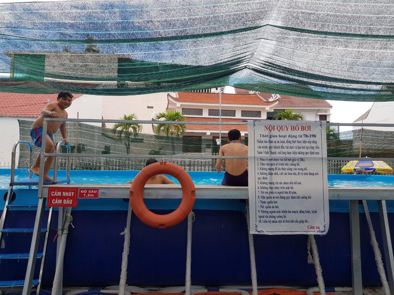 Thầy giáo đầu tư hồ bơi cho học sinh vùng ven học bơi dịp hè - Ảnh 4.