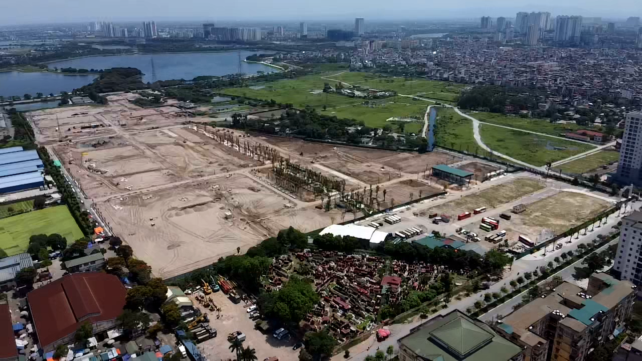 Siêu đô thị 'treo' cả thập kỷ ở Hà Nội, bất ngờ được bán rầm rộ - Ảnh 5.