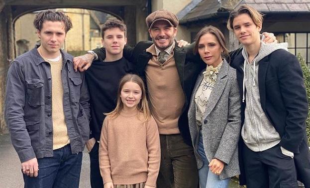 David Beckham và vợ Victoria hiện tại giàu cỡ nào? - Ảnh 1.