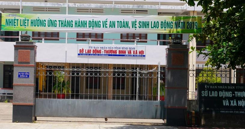 """Cựu Phó Giám đốc Sở ở Bình Định bị bắt tại TP.HCM: """"Quan lộ"""" tươi sáng… bất ngờ đi trốn nợ - Ảnh 2."""