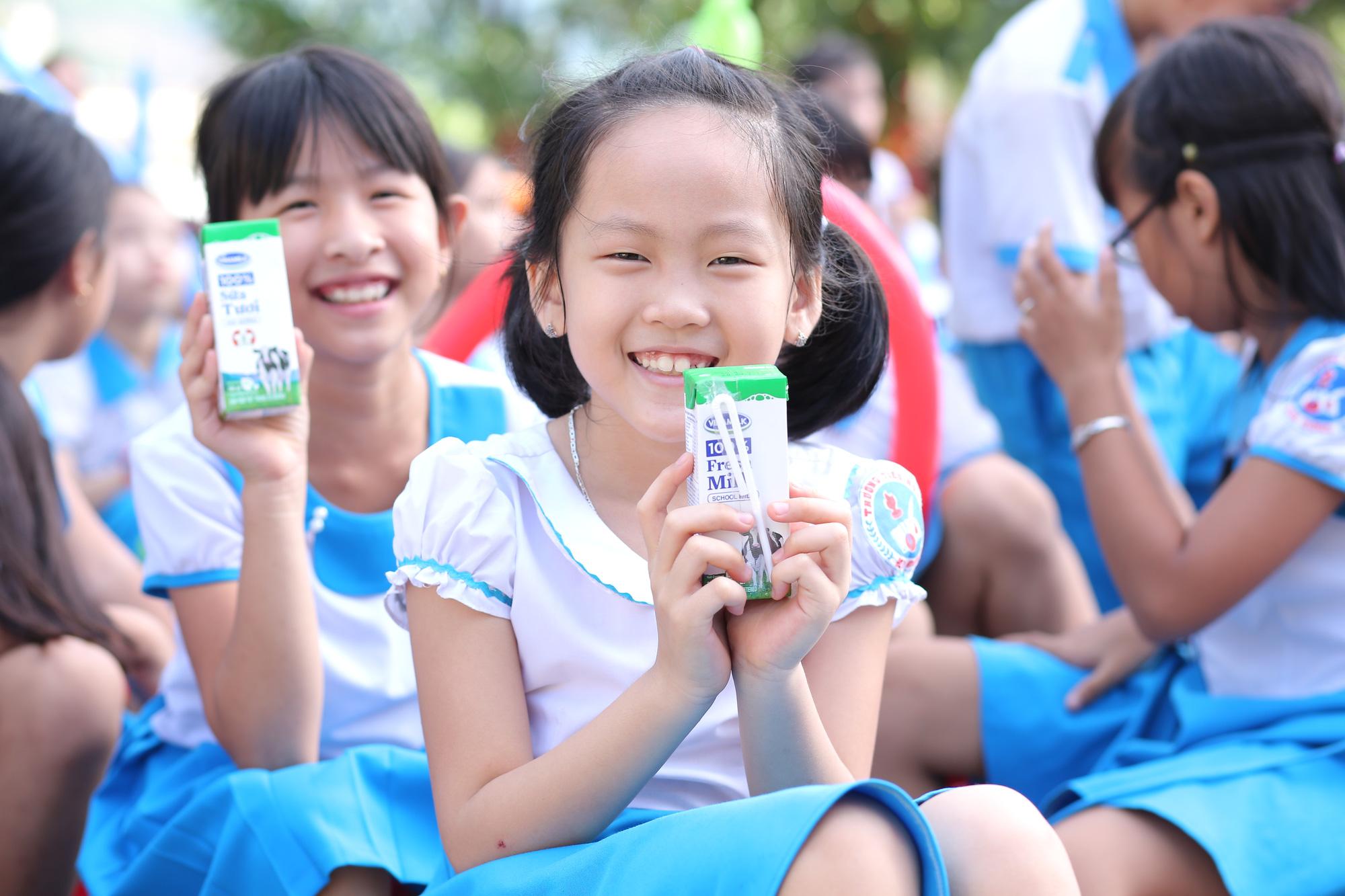Quảng Nam: Hơn 34.000 trẻ em miền núi, khó khăn được uống Sữa học đường - Ảnh 7.