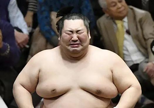 Sumo Nhật Bản: Bạo lực, tội ác và những góc khuất rùng mình - Ảnh 3.