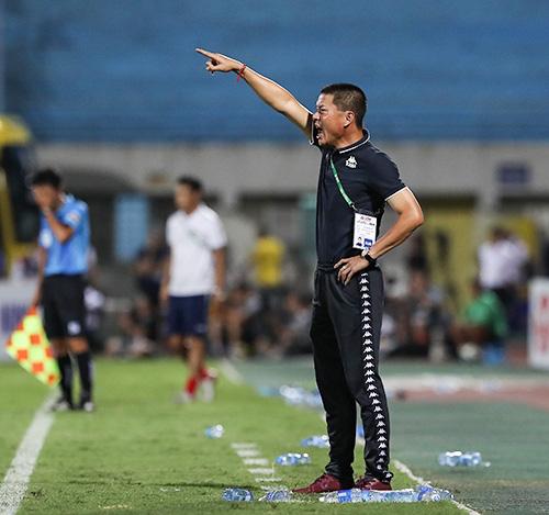 CLB Hà Nội đã phát tín hiệu báo động đỏ với HLV Chu Đình Nghiêm? - Ảnh 1.