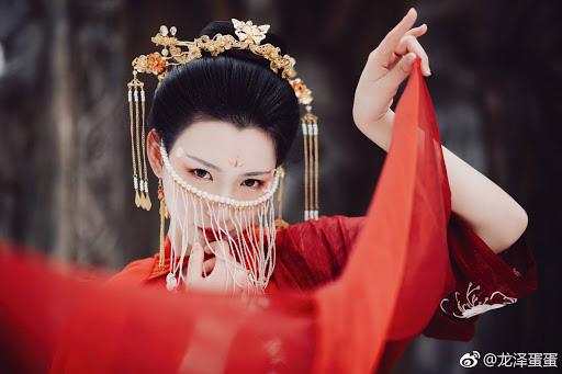 Chết bởi một nhát dao, phi tử đầu tiên trong lịch sử Trung Hoa bị Hoàng đế rút xương làm đàn tì bà - Ảnh 1.