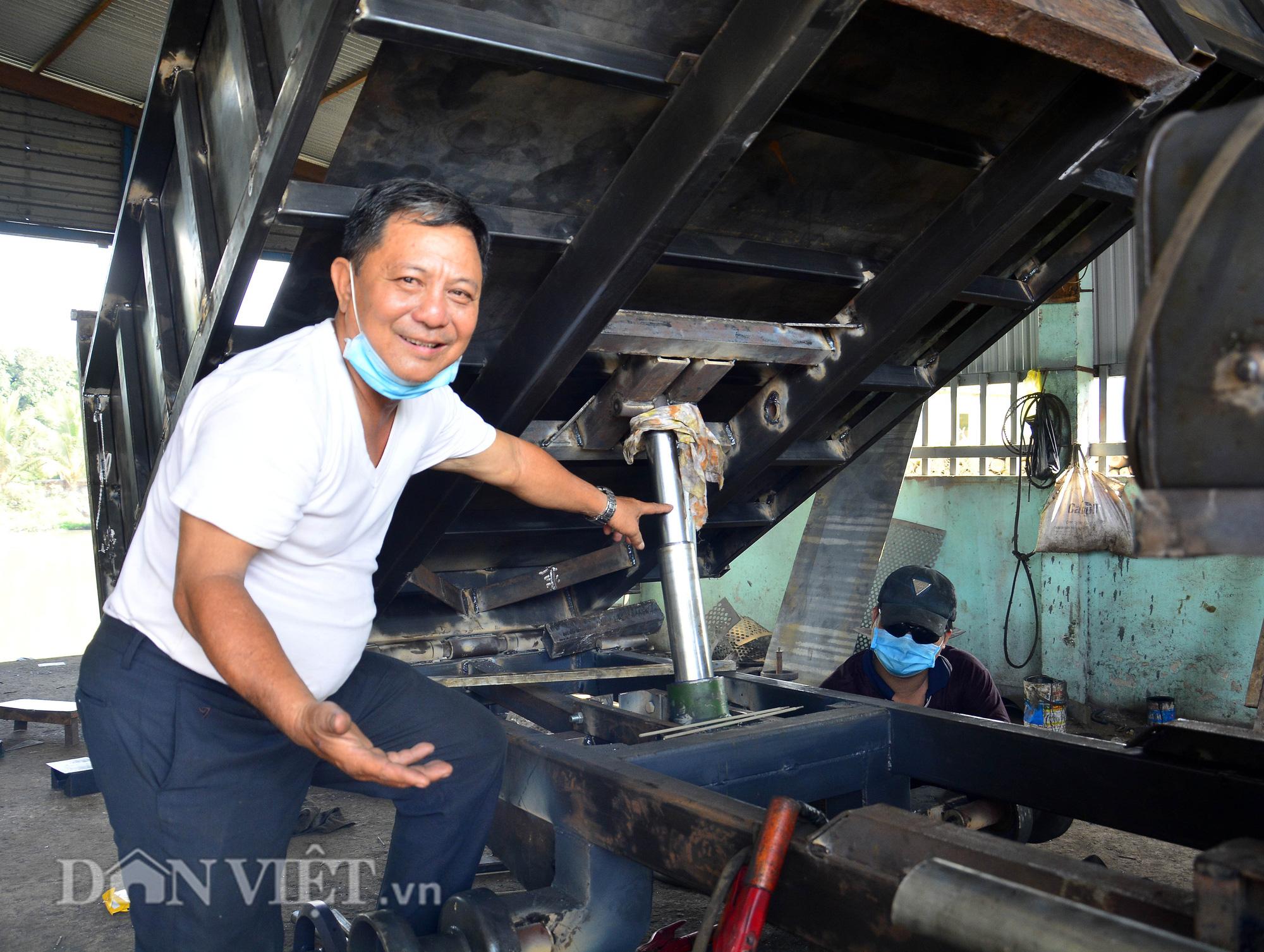 Trưởng ấp đam mê chế tạo máy phục vụ nông dân - Ảnh 2.