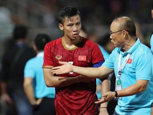 """Tin tối (20/6): Chuyên gia Việt nhận xét đắng lòng về """"thủ lĩnh"""" của ông Park - Ảnh 1."""