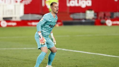 Ter Stegen cho rằng Barca không xứng đáng thắng.