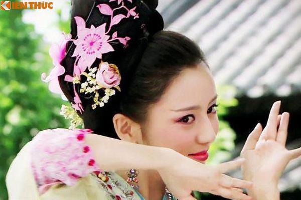 Bà hoàng Trung Quốc độc ác không sinh được con trai, giết sạch con vua - Ảnh 5.