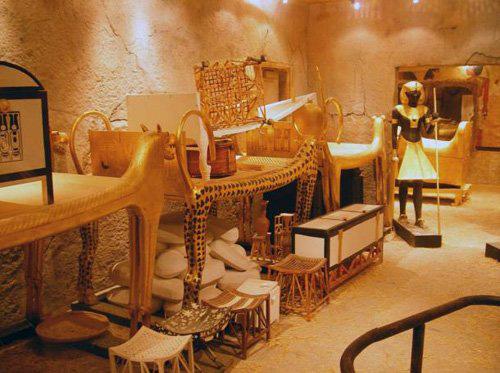 Pharaoh Ai Cập và những lời nguyền chết chóc - Ảnh 1.