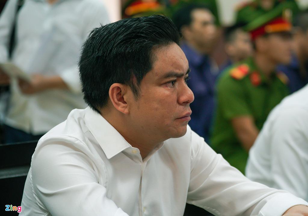 Tòa đề nghị làm rõ vai trò bà Trần Hoa Sen vụ chém bác sĩ Chiêm Quốc Thái - Ảnh 1.