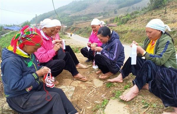 """Vì sao cứ đến ngày này là người Dao ở tỉnh Cao Bằng lại """"đi nhẹ, nói khẽ"""" nhưng mâm cơm lại rất sang? - Ảnh 1."""