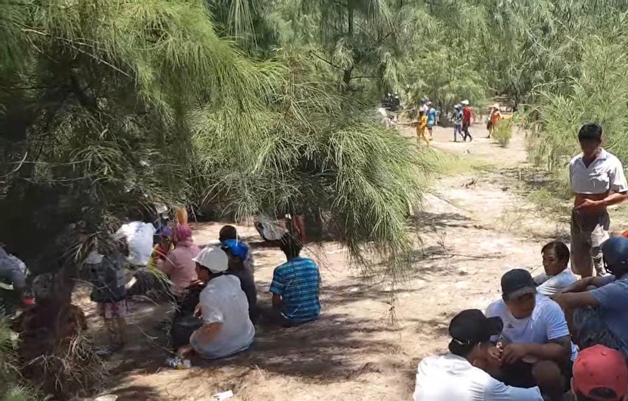Vụ bé gái 13 tuổi kêu 'cứu em', bị sát hại ở Phú Yên: Thêm tình tiết 'nóng' mới - Ảnh 2.