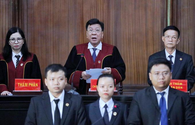 Ông Trần Phương Bình hầu tòa - Ảnh 2.