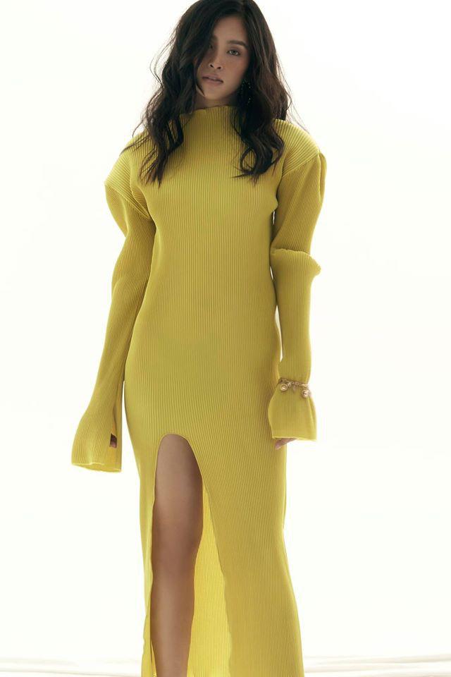 """Phương Trinh Jolie mặc mốt """"quên"""" nội y, Lan Khuê gây """"sốt"""" vì dáng đẹp như tranh - Ảnh 8."""