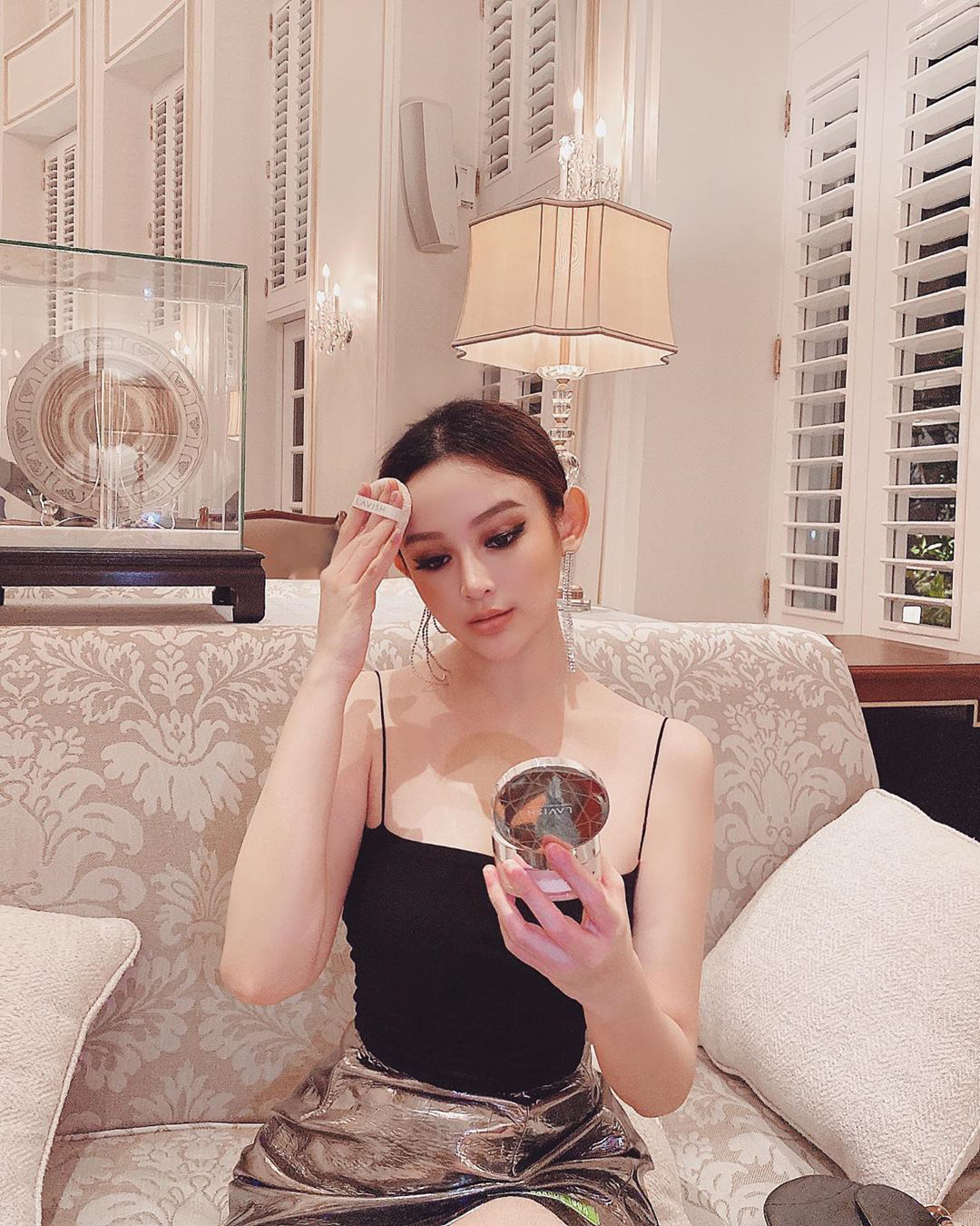 """Dàn hot girl Hà thành đời đầu """"đổi đời"""" thành hot mom giàu có, sang chảnh sở hữu nhà trăm tỷ - Ảnh 2."""