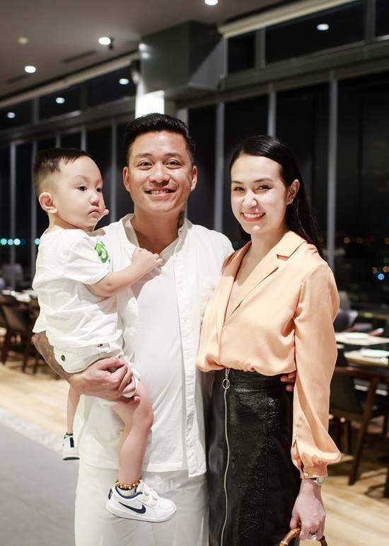 """Dàn hot girl Hà thành đời đầu """"đổi đời"""" thành hot mom giàu có, sang chảnh sở hữu nhà trăm tỷ - Ảnh 3."""