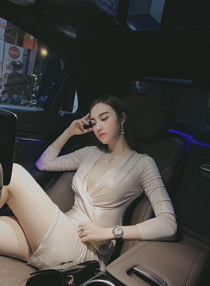 """Dàn hot girl Hà thành đời đầu """"đổi đời"""" thành hot mom giàu có, sang chảnh sở hữu nhà trăm tỷ - Ảnh 5."""