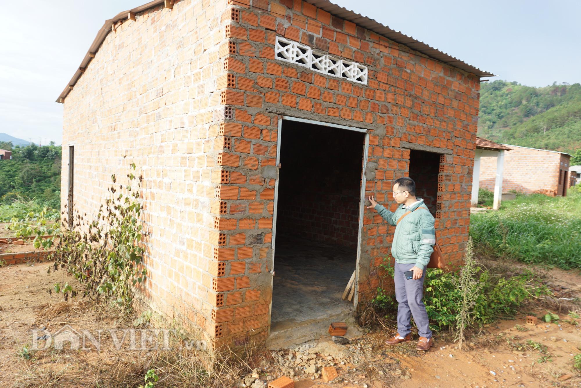 Kon Tum: Nhường đất thủy điện, 10 năm vẫn chưa định cư xong - Ảnh 2.