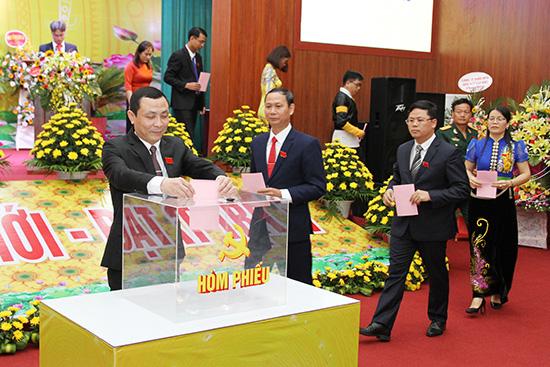 Đảng bộ huyện Mường La quyết tâm hoàn thành 19 chỉ tiêu trong nhiệm kỳ 2020 - 2025 - Ảnh 2.