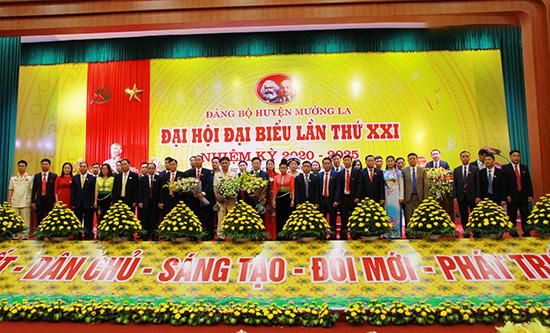 Đảng bộ huyện Mường La quyết tâm hoàn thành 19 chỉ tiêu trong nhiệm kỳ 2020 - 2025 - Ảnh 1.