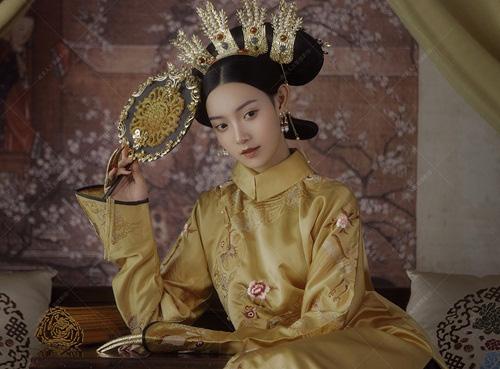 12 tuổi kết hôn với hoàng đế lại sinh liền 3 con, mỹ nữ vẫn gặp kết cục thảm khốc - Ảnh 1.
