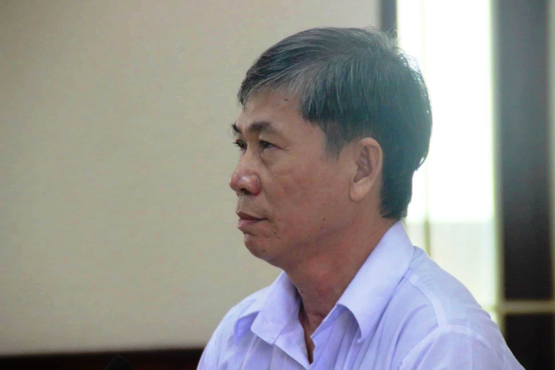 Bình Định: 5 vụ án tham nhũng khiến cán bộ mất chức, buộc phải hầu tòa - Ảnh 2.
