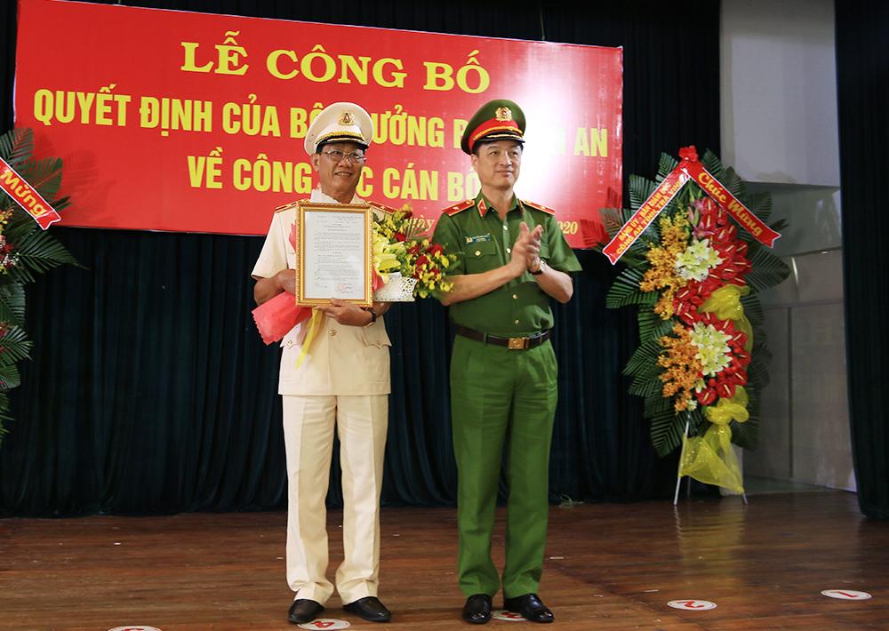 Phó Giám đốc Công an Cần Thơ làm Giám đốc Công an An Giang thay Tướng Bùi Bé Tư - Ảnh 1.