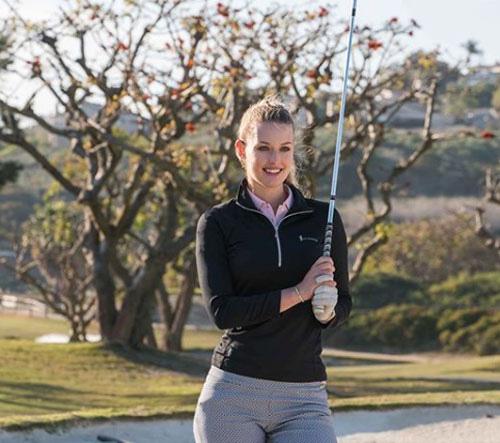 Golf thủ đẹp như thiên thần khoe vòng 1 'triệu người mê' - Ảnh 8.