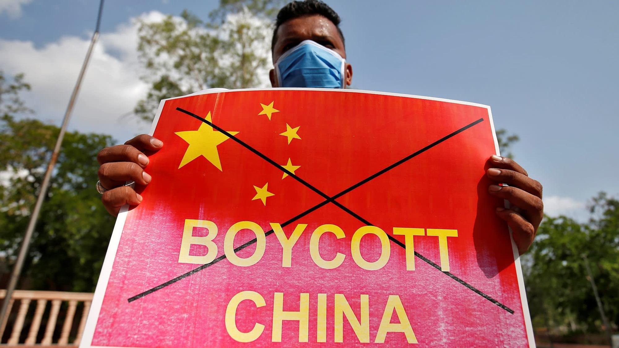 Xung đột biên giới Trung - Ấn: Ấn Độ bắt đầu trả đũa kinh tế - Ảnh 1.