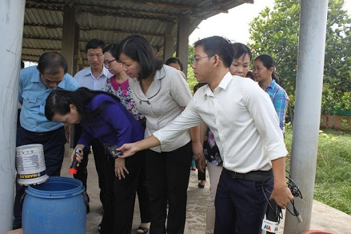 TP.HCM: 8 trường học có ổ lăng quăng, nguy cơ bùng phát sốt xuất huyết - Ảnh 1.