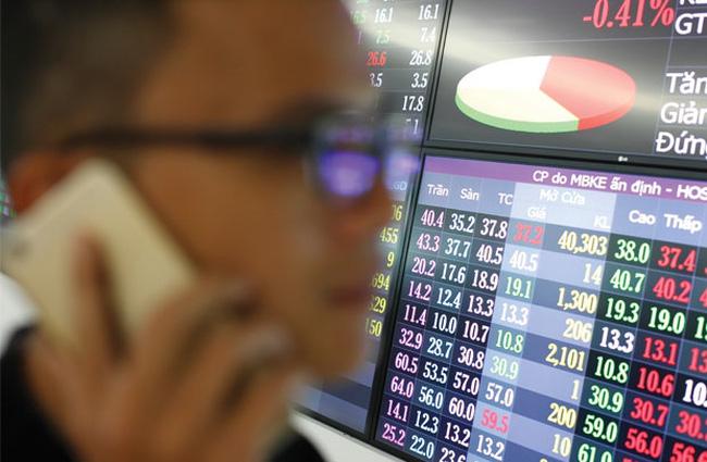 94% cổ phiếu sụt giảm và bài toán lên sàn của các ngân hàng hậu Covid-19 - Ảnh 1.