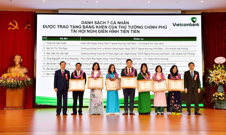 Hội nghị Điển hình tiên tiến Ngân hàng TMCP Ngoại thương Việt Nam lần thứ V - Ảnh 2.