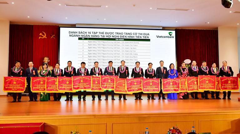 Hội nghị Điển hình tiên tiến Ngân hàng TMCP Ngoại thương Việt Nam lần thứ V - Ảnh 3.