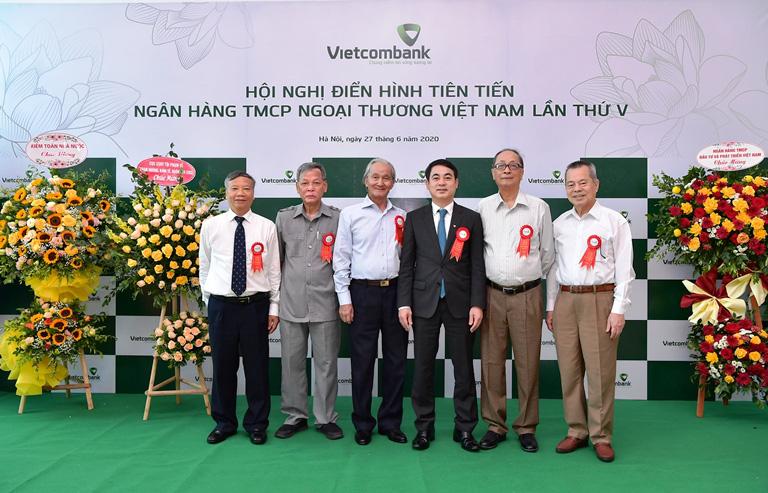 Hội nghị Điển hình tiên tiến Ngân hàng TMCP Ngoại thương Việt Nam lần thứ V - Ảnh 12.