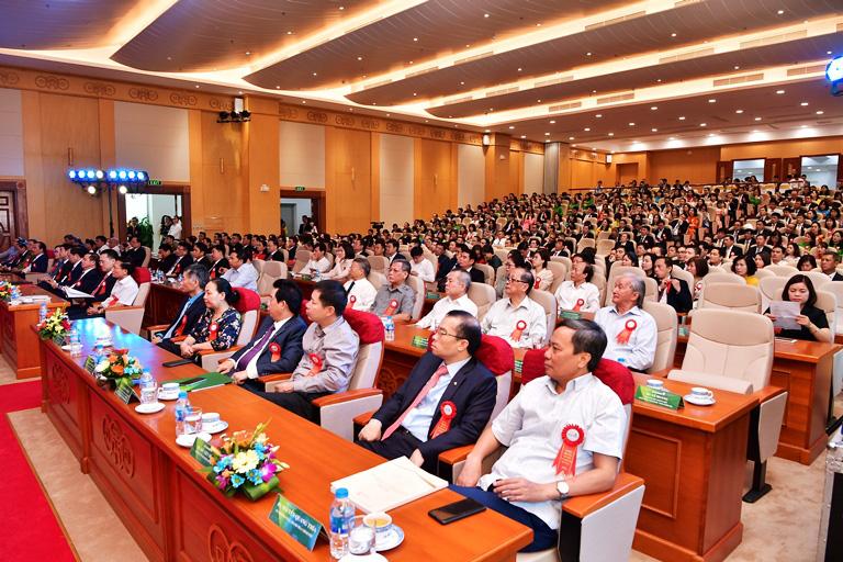 Hội nghị Điển hình tiên tiến Ngân hàng TMCP Ngoại thương Việt Nam lần thứ V - Ảnh 10.
