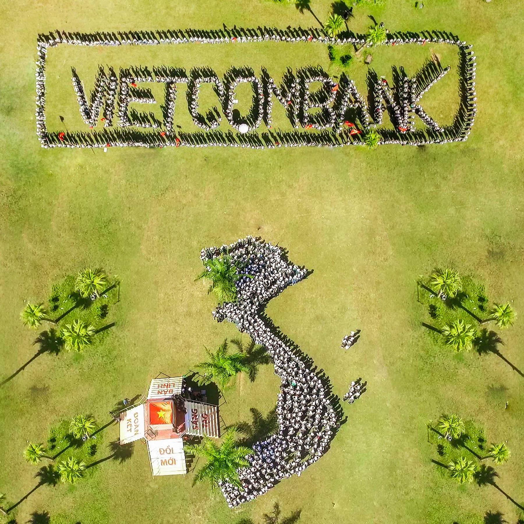 """Hội trại """"Tuổi trẻ Vietcombank – Sắt son niềm tin với Đảng"""" hướng tới chào mừng Đại hội Đảng các cấp - Ảnh 7."""