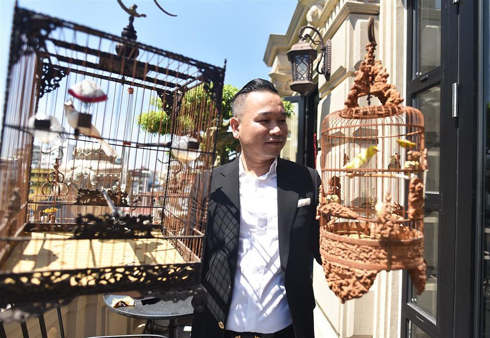Bộ sưu tập chim giá tiền tỷ của vua chim màu Việt: Đắt đỏ, quý hiếm, đẳng cấp nhất Việt Nam - Ảnh 1.