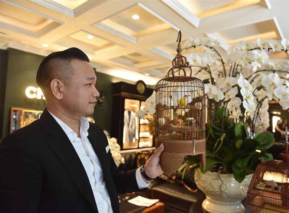 Bộ sưu tập chim giá tiền tỷ của vua chim màu Việt: Đắt đỏ, quý hiếm, đẳng cấp nhất Việt Nam - Ảnh 7.