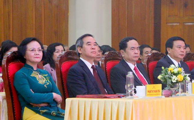 Kỷ niệm 120 năm Ngày thành lập tỉnh, Yên Bái đón nhận Huân chương Độc lập hạng Nhất - Ảnh 2.