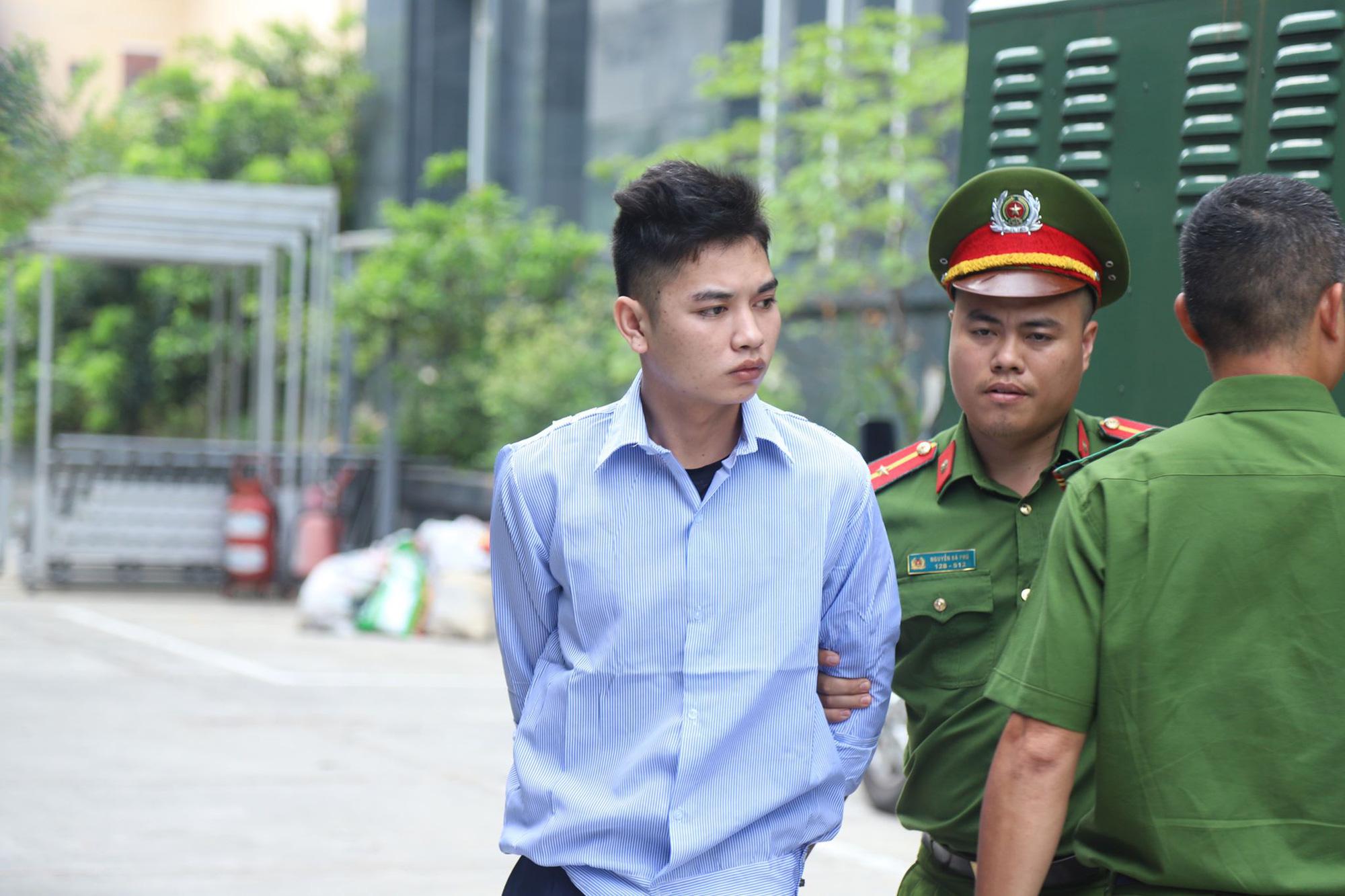 Xét xử sơ thẩm vụ nam sinh Grab bị sát hại ở Hà Nội - Ảnh 1.