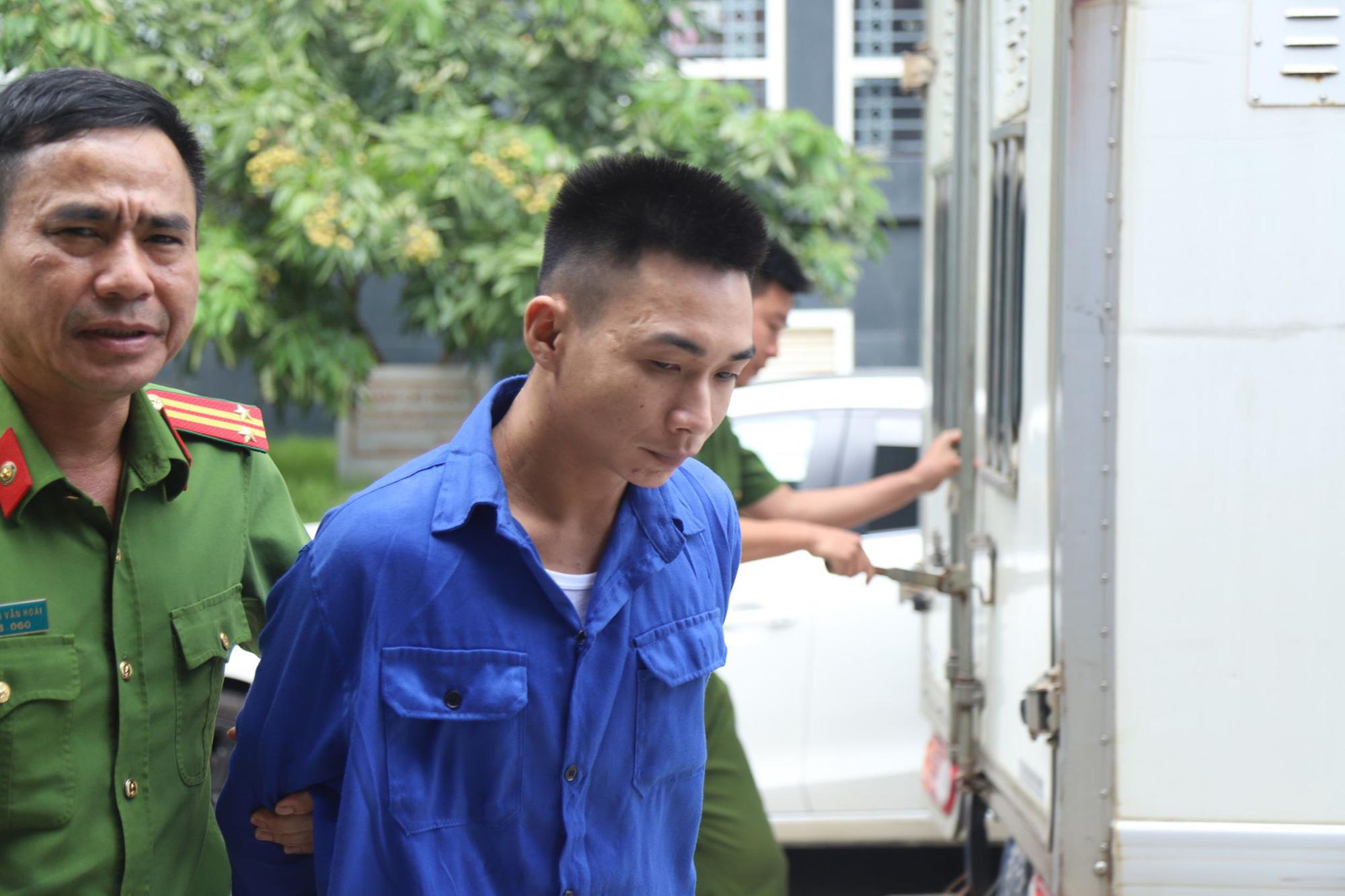 Xét xử sơ thẩm vụ nam sinh Grab bị sát hại ở Hà Nội - Ảnh 2.