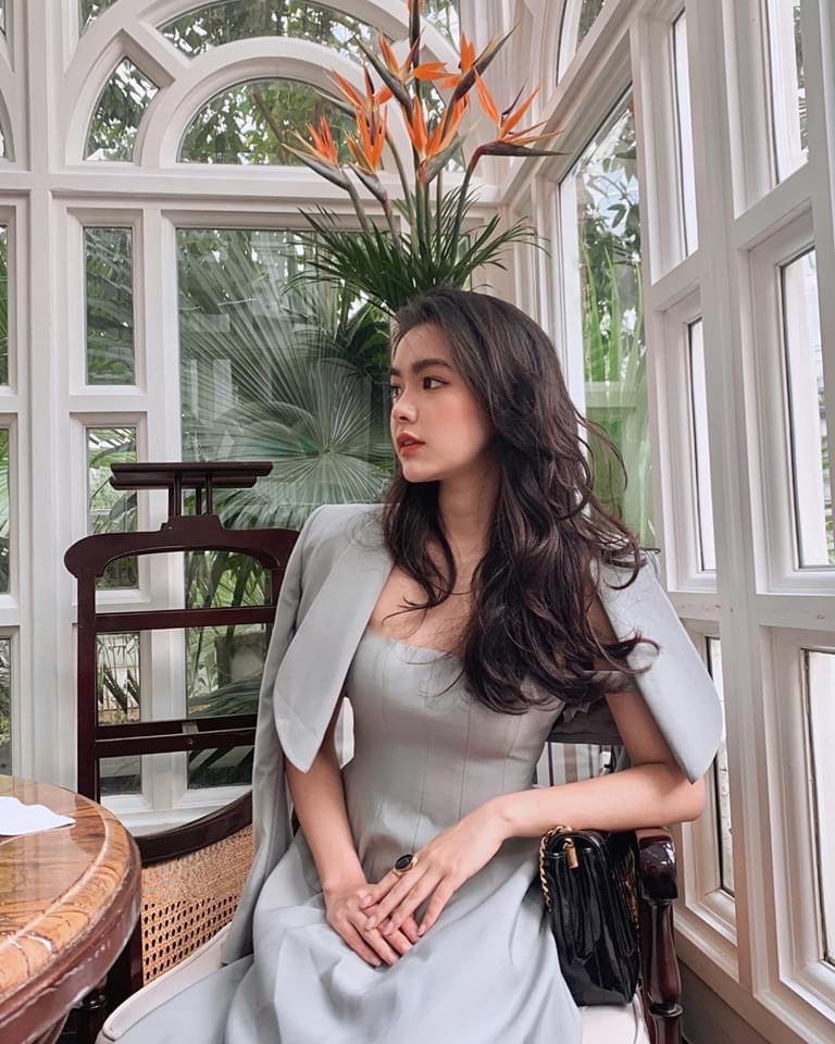 """Hot girl đọc sách trong thư viện mang 3 dòng máu Thái - Việt - Trung bị chụp lén """"vạn người mê"""" là ai? - Ảnh 6."""