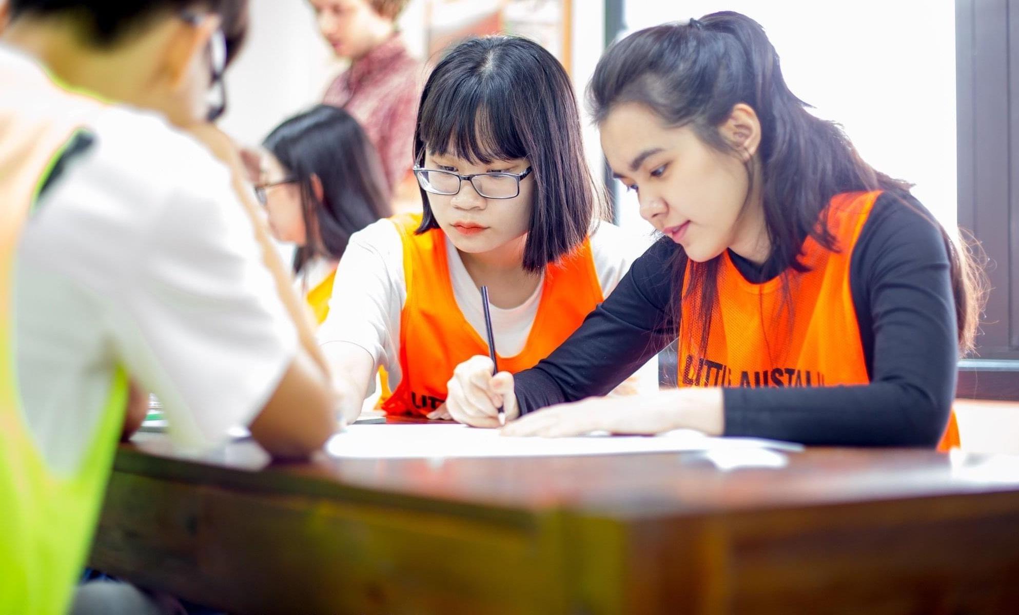 """Hot girl đọc sách trong thư viện mang 3 dòng máu Thái - Việt - Trung bị chụp lén """"vạn người mê"""" là ai? - Ảnh 4."""
