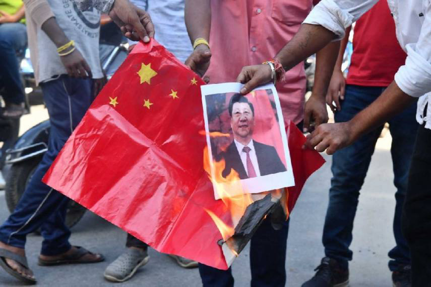 """Ấn Độ liên tục trừng phạt DN Trung Quốc, vì sao ông Tập """"nhắm mắt làm ngơ""""? - Ảnh 3."""