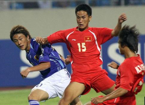 """9 tài năng bóng đá Việt """"chóng nở sớm tàn"""" gây luyến tiếc - Ảnh 1."""
